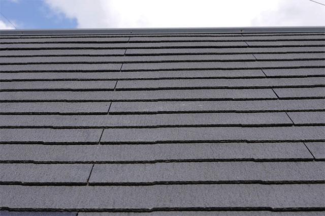 コロニアル屋根の葺き替え費用はどれくらいかかるの?