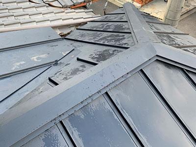 京都市伏見区にて瓦から立平葺への葺き替え工事