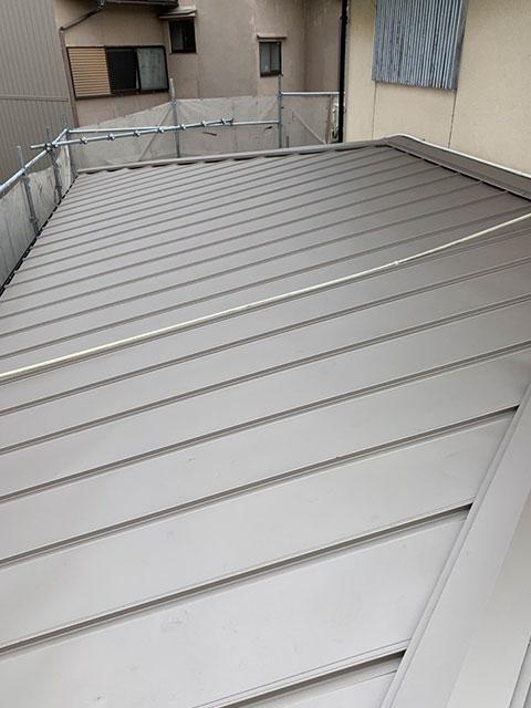 トタン屋根の捲り替え工事 完成