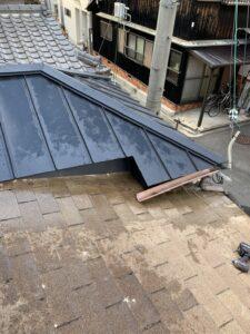 京都市伏見区にて瓦から立平葺への葺き替え工事 完工
