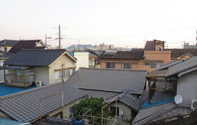 各種屋根材を徹底比較!特徴や価格、耐用年数を屋根職人が解説します!